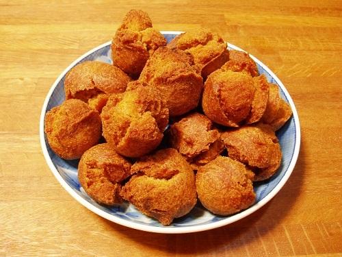 沖縄では、おばぁの作るアンダギーが一番美味しい!!