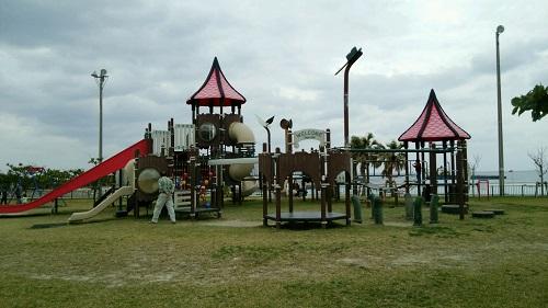 糸満市にある公園は子供達に大人気ですよ!