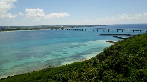 本当の豊かさって何なんですか?沖縄移住してから、大好きな事に没頭する時間をとっています。