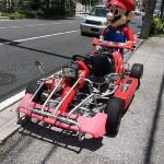 沖縄県の公道でリアルにマリオカートが走っているしかもピーチ姫も居た!