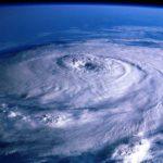 【沖縄あるある】台風の次の日はスーパー、コンビニから食料品が消えている