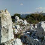 日本で唯一の円錐カルストがある沖縄県の本部町。